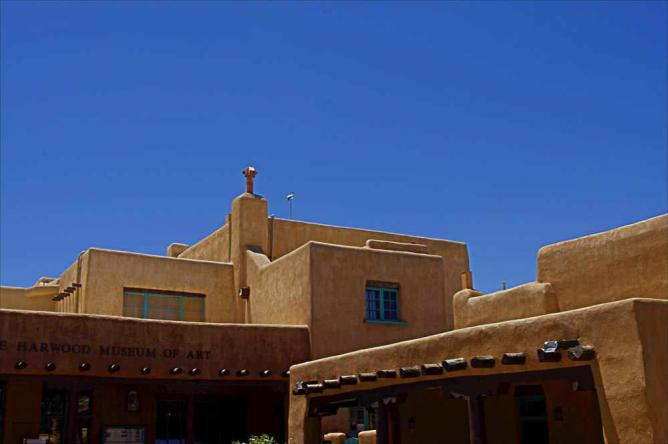 The Harwood Museum of Art in Taos, NM | © Ron Frazier/Flickr
