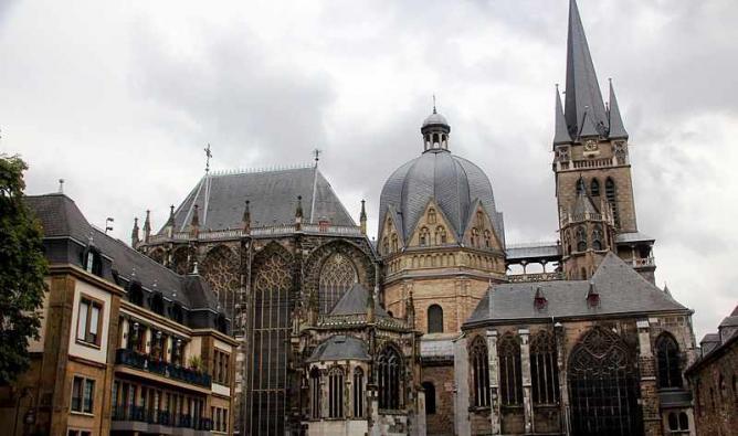 The Imperial Cathedral | © Avishekpatra/WikiCommons