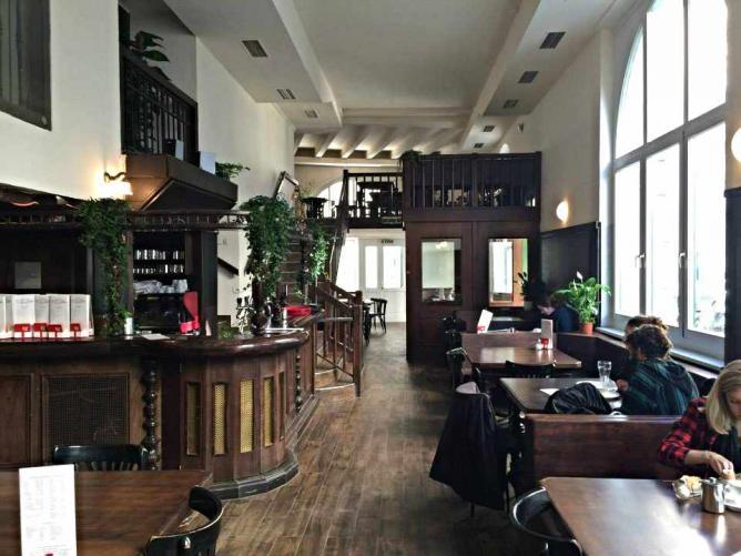 Café Tunnel | Image courtesy of Café Tunnel