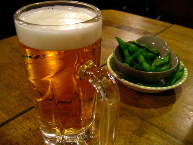 Beer and edameme   © Jeremy Keith/Flickr