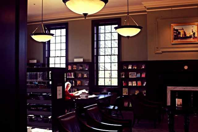 An interior shot of Georgetown Public Library.
