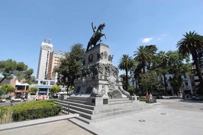 Plaza San Martín | © Jarod Burns/WikiCommons