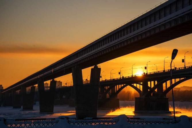 Novosibirsk by sunset   © Mikhail Koninin/Flickr