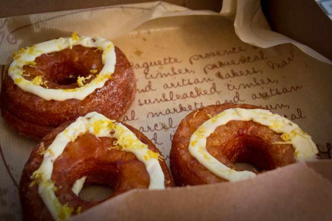 Cronuts at Paris Baguette | © John Gillespie/Flickr