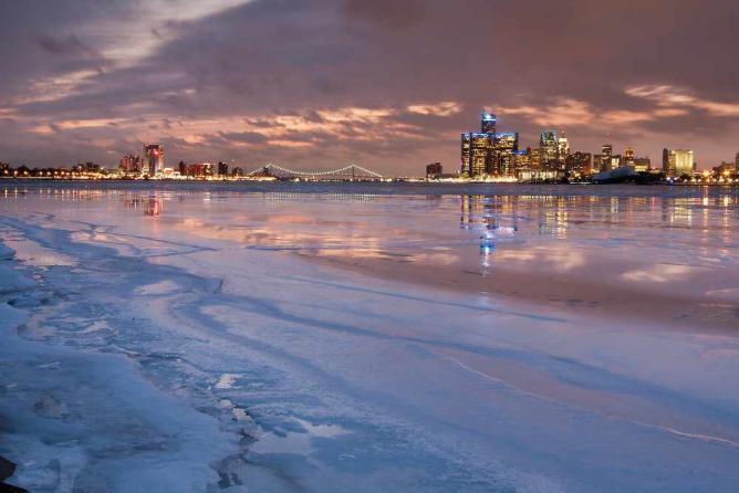 Detroit at Dusk | © Moon Man Mike/Flickr