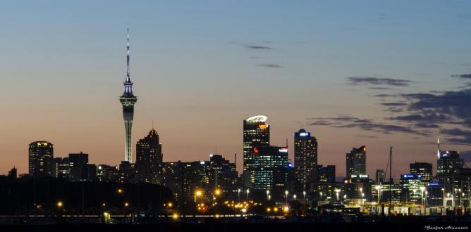 Auckland skyline © Jaafar Alnasser/Flickr