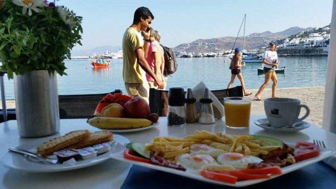 En Plo breakfast   Courtesy of En Plo