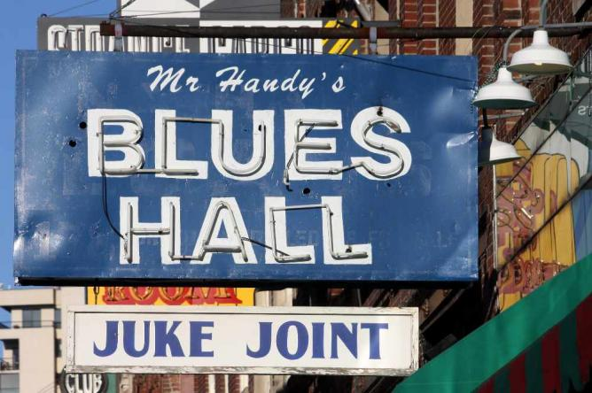 Mr Handy's Blues Hall Juke Joint | © Jasperdo/Flickr