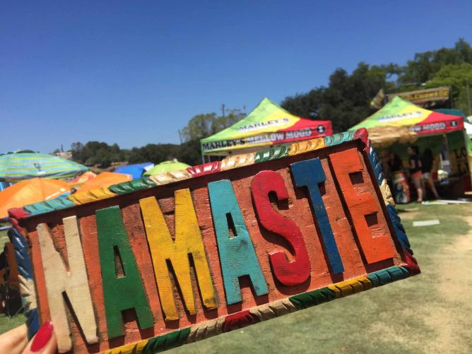 Namaste Colorful Sign at Reggae on the Mountain 2015| © Jasmine Ashoori