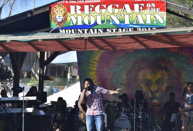 Headliner Ky-Mani Marley  at Reggae on the Mountain 2015  | © Amanda Allaf