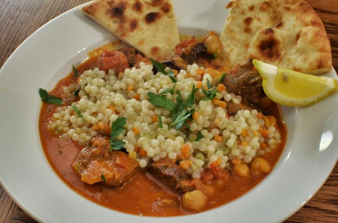 Moroccan lamb stew with pearl couscous | © jeffreyw/Flickr