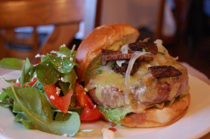 Burger| © stu_spivack /Flickr