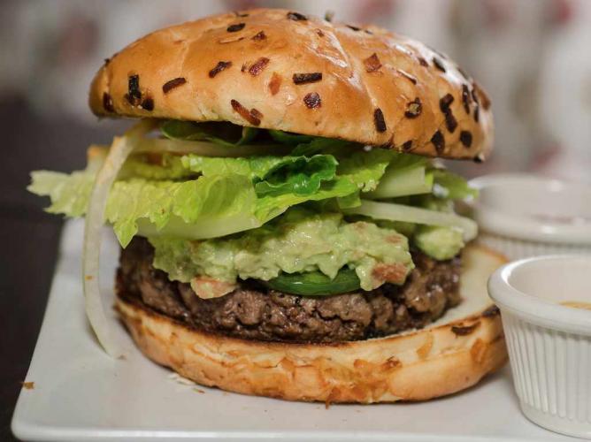 Burger | © Kurman Communications, Inc./Flickr