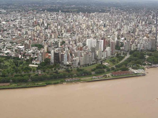 Rosario from the air | Ⓒ Facu Fernández/Flickr