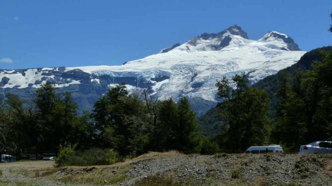 Cerro Tronador Ⓒ V.T. Polywoda/Flickr