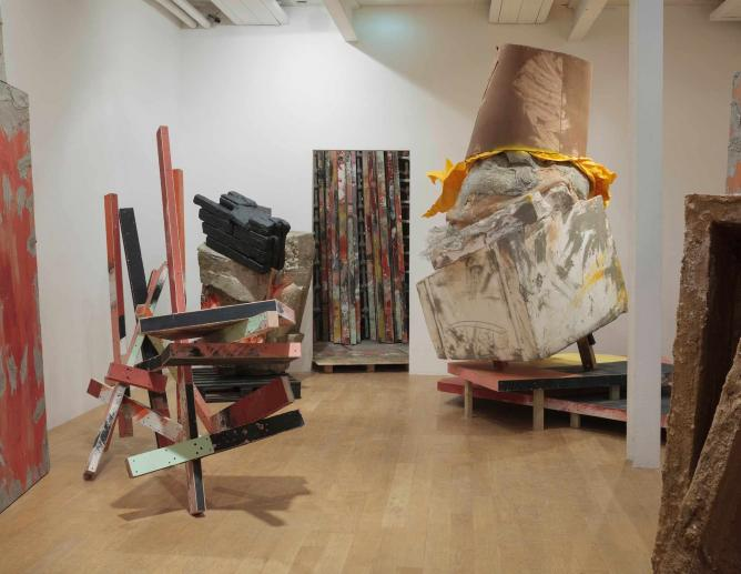 Caro, Block, Postgridpallets, Dunce, 2015 l Courtesy of the artist and Hauser&Wirth © Ruth Clark