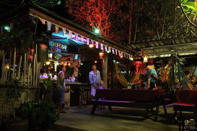 Thai bar | © Connie Ma/Flickr