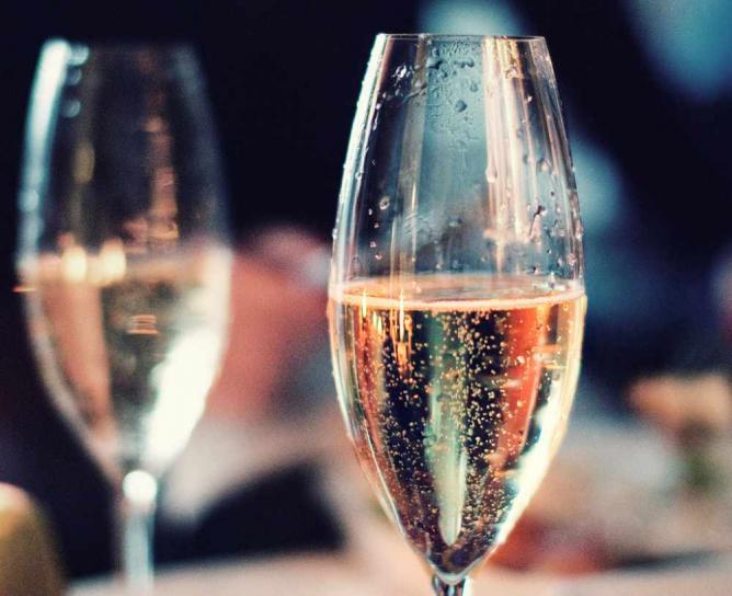 Champagne   ©AndersAdermark/Flickr