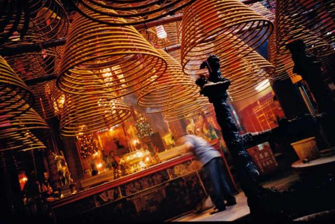Man Mo Temple on Hollywood Road © Christopher Lance/Flickr