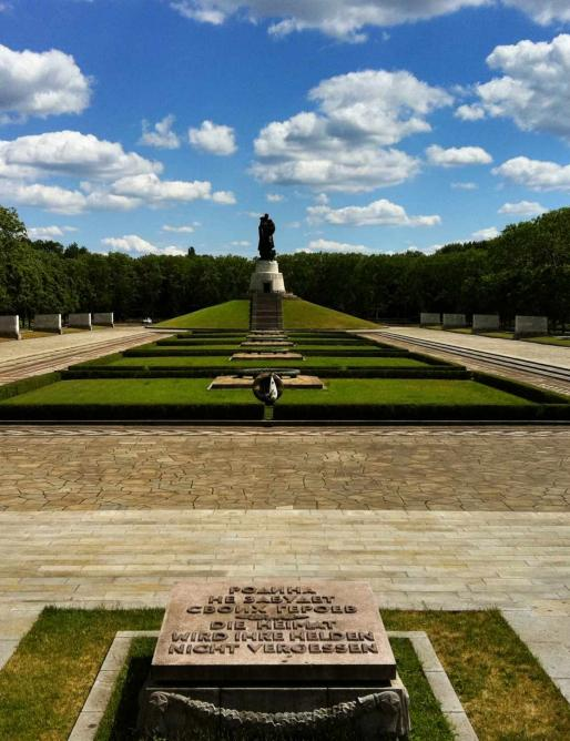 Russian Memorial at Treptower Park | ©Wikicommons