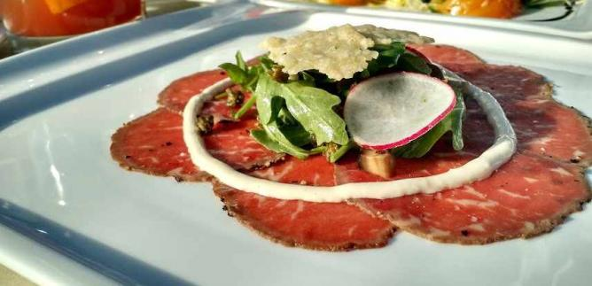Beef Carpaccio | © Pan Pacific/Flickr