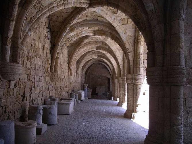 Archaeological Museum of Rhodes | © Shadowgate/WikiCommons