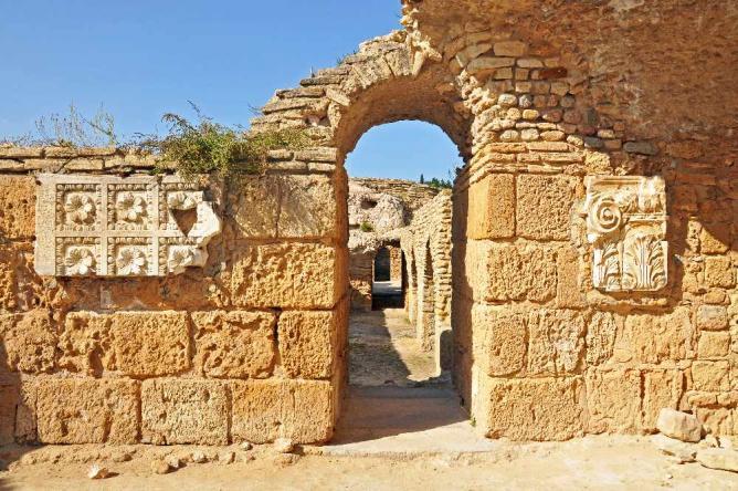 Carthage Archeological Site | © Dennis Jarvis/Flickr