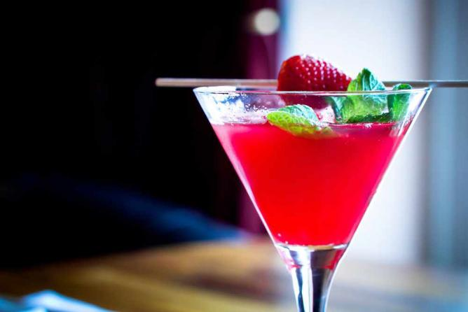 The 10 Best Bars In Connaught Place New Delhi