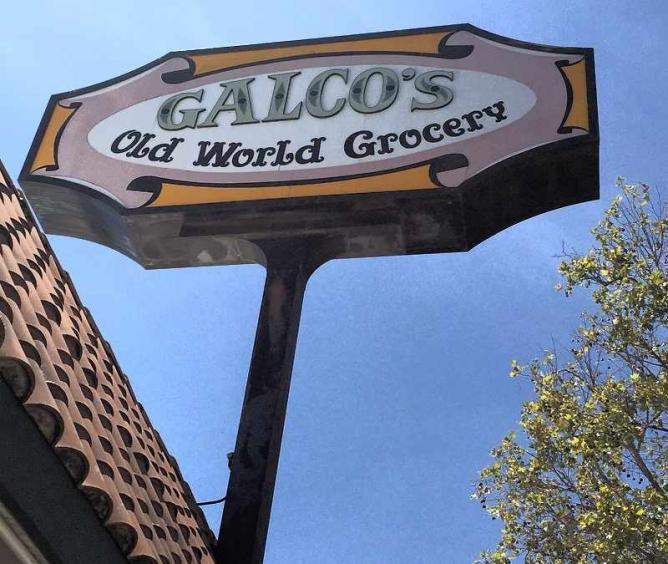 Galco's Old World Grocery |©Alex Ceja