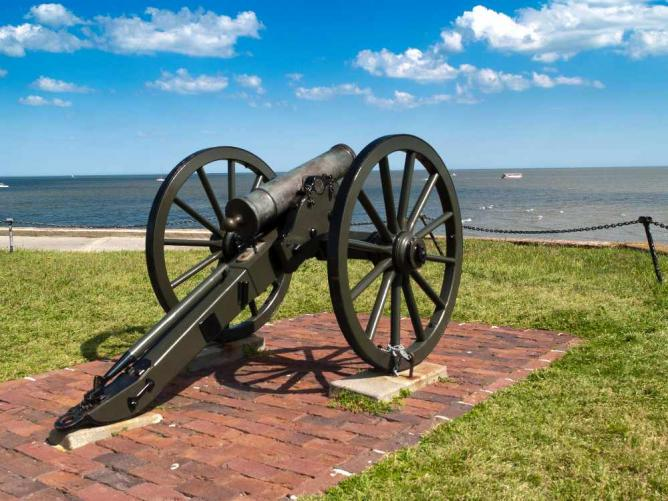 Fort Sumter Cannon | © David Ellis/Flickr