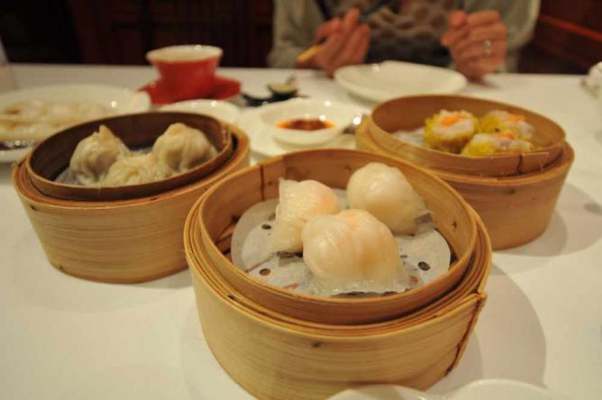 Dim Sums by Shang Palace © PYONKO OMEYAMA/Flickr