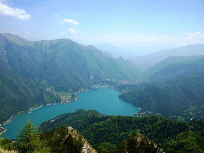 Panoramic view of Lake Ledro