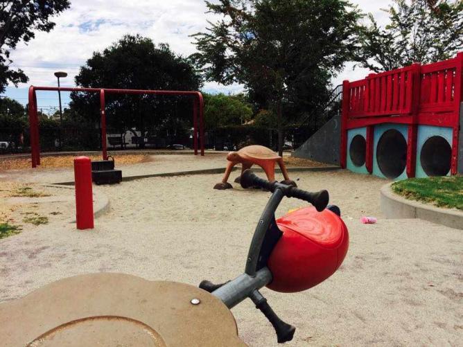 Tot Play Structure | Cedar Rose Park