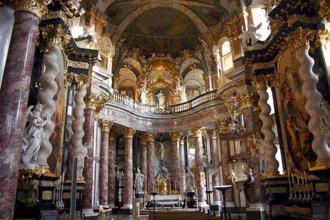 Hofkirche | © Christian Horvat/WikiCommons