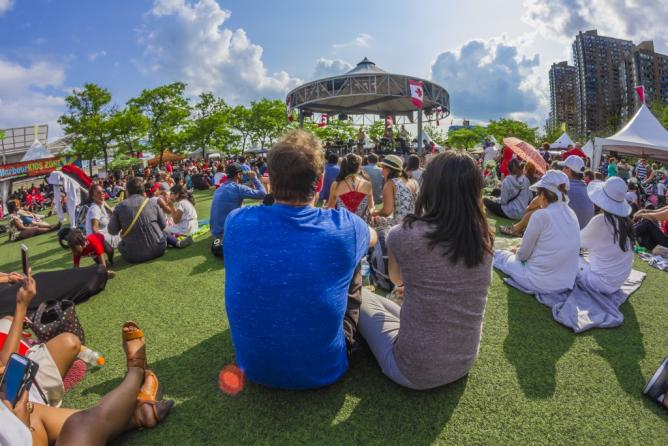 Harbourfront Centre Stage in the Round | © Harbourfront Centre/ Brian Medina