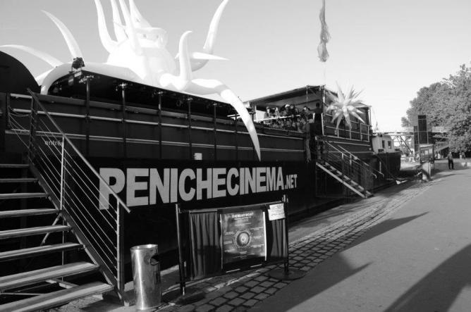 Péniche Cinéma | Courtesy of Péniche Cinéma