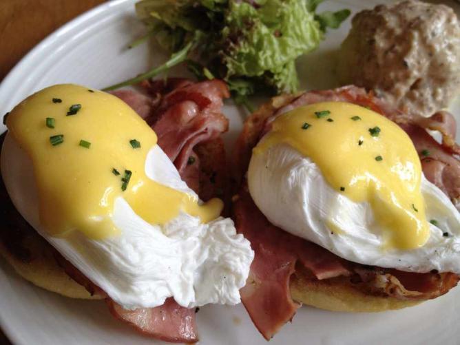 Eggs Benedict | ©BenjaminHo.sg/Flickr