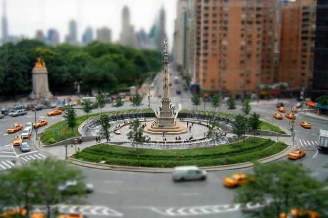 Columbus Circle NYC, fake tilt-shift | © Pat David/Flickr