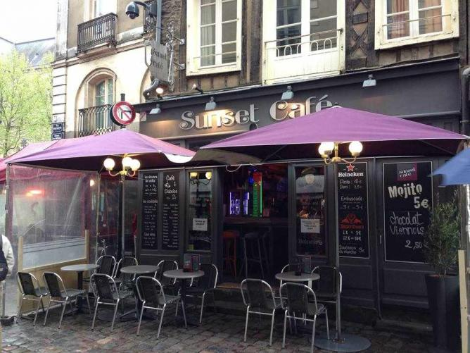 the 10 best bars in rennes france. Black Bedroom Furniture Sets. Home Design Ideas