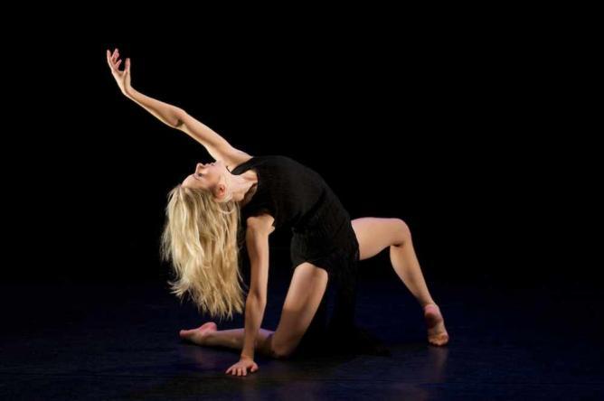 Contemporary dancer | © gregory.ackland/Flickr
