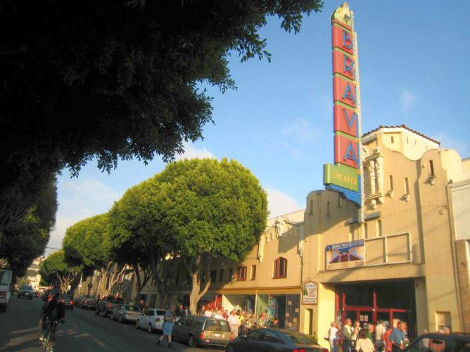 Brava Theater in San Francisco | © BWChicago/Flickr