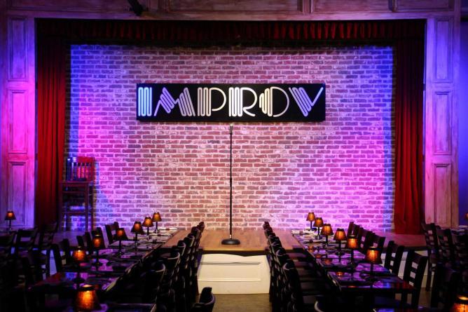 © Improv Comedy Club