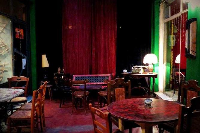 Classy interior space | Courtesy of Koukouvagia