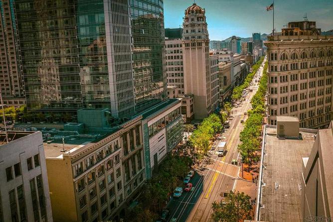 Market Street Aeriel View   © Sonny Abesamis/Flickr