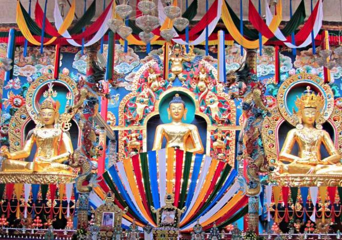 Namdroling Monastery, Interior