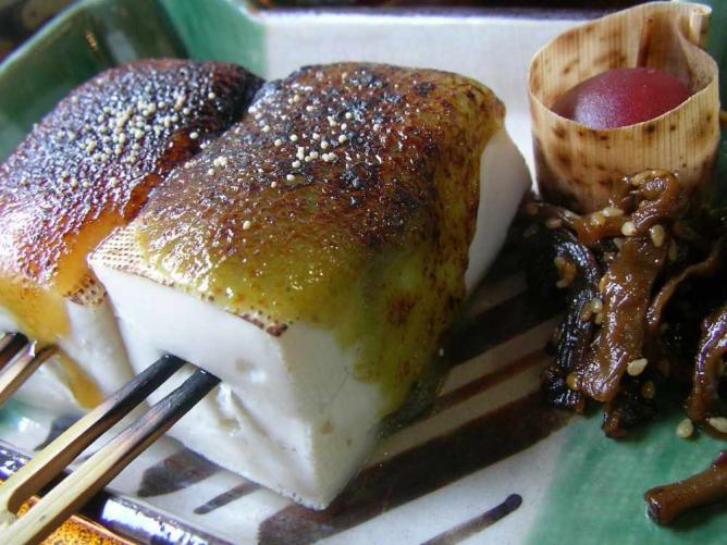 Namafu Dengaku, lunch l © Hajime NAKANO/Flickr