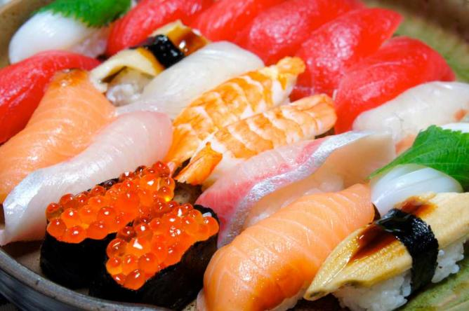 Sushi   © kana hata/Flickr