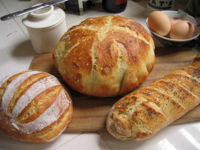Trio of bread | © kid missile/Flickr