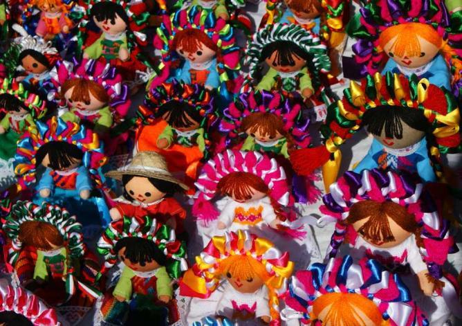A display of dolls at El Bazar Sabado