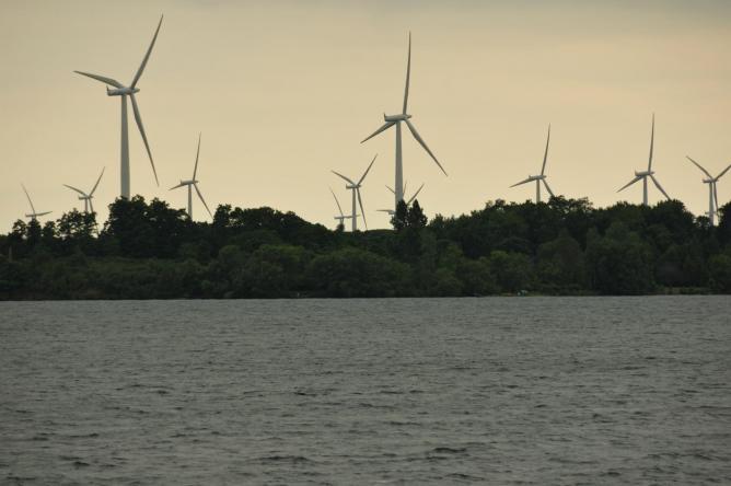 Wolfe Island Wind Turbines